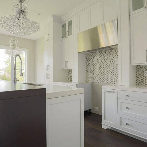London Home Builders Millstone Homes - Chandelier Kitchen 1