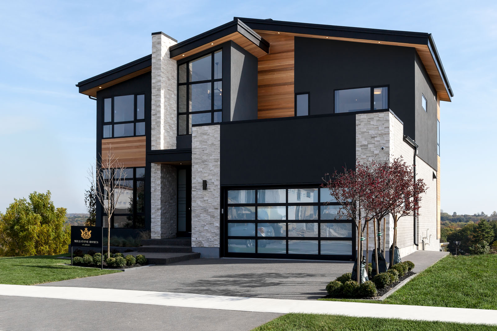 London Home Builders Millstone Homes - Wickerson Sunny Front